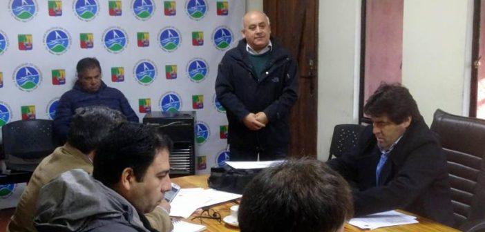 ALCALDE DE VICHUQUEN PRESENTO AL NUEVO COORDINADOR DE DEPORTES